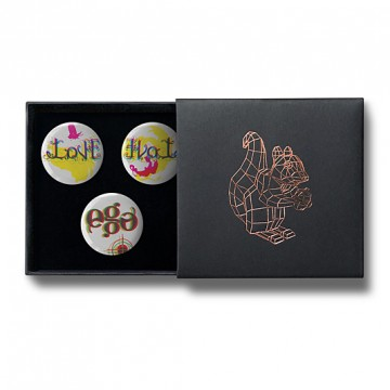 Gift Box: 3 button badges (Vice Versa)