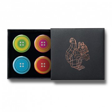 Gift Box: 4 button badges (Button Buttons)