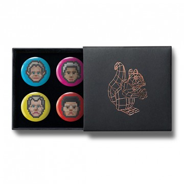Gift Box: 4 button badges (Dot Portraits)