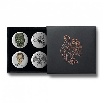 Gift Box: 4 button badges (Morbid)