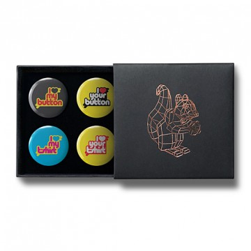 Gift Box: 4 button badges (I Love)