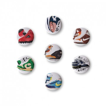 AFOMFS Gift Box 1: 7 button badges