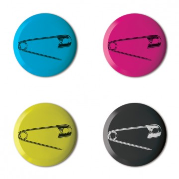 Gift Box: 4 button badges (Safety Pins)
