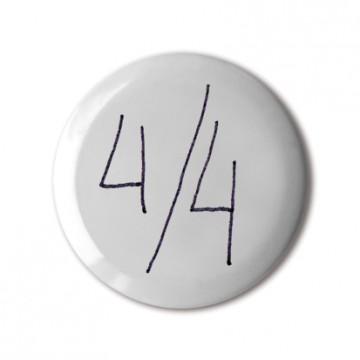 4 / 4