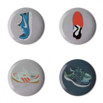Gift Box: 4 button badges (Toby's AFOMFS)