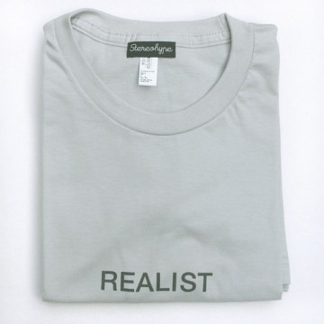 Realist (unisex) T-shirt + badge