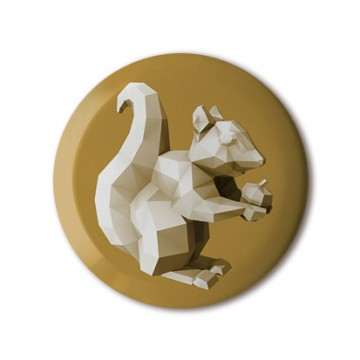 Squirrel 4 (polygon, gold, front, right)