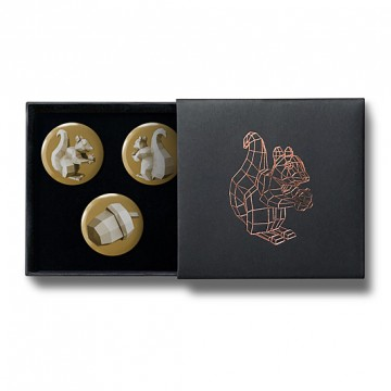 Gift Box: 3 button badges (Squirrel 4 Polygon Gold)