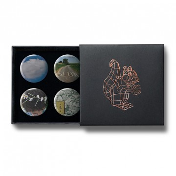 Gift Box: 4 button badges (Four Elements)