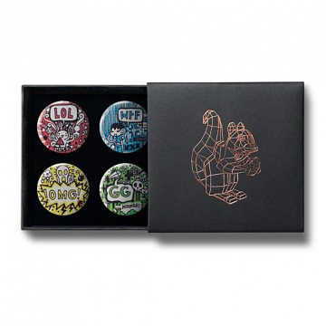 Gift Box: 4 button badges (Doodle LOL)