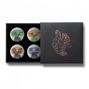 Gift Box: 4 button badges (Fingerprint Totems)