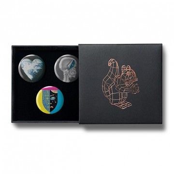 Gift Box: 3 button badges (Mervyn Mix)